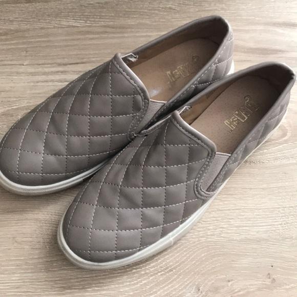 Brash Shoes   Grey Quilted Slip On